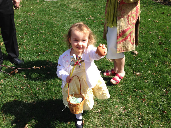 Easter Sunday: Church and Egg Hunt